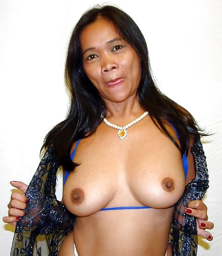 Naked mature women with big boobs