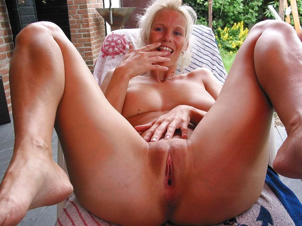 Barbara eden nude fakes