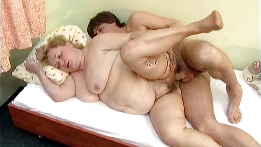 Фото ебли толстых старух