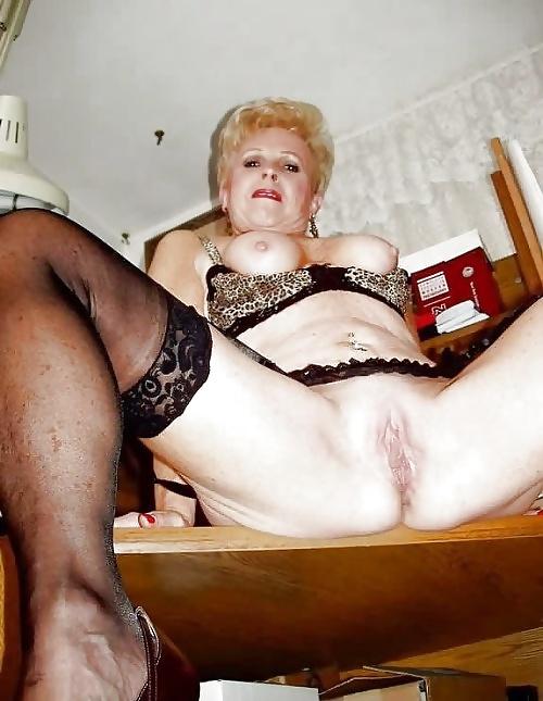 Старая бабка проститутка