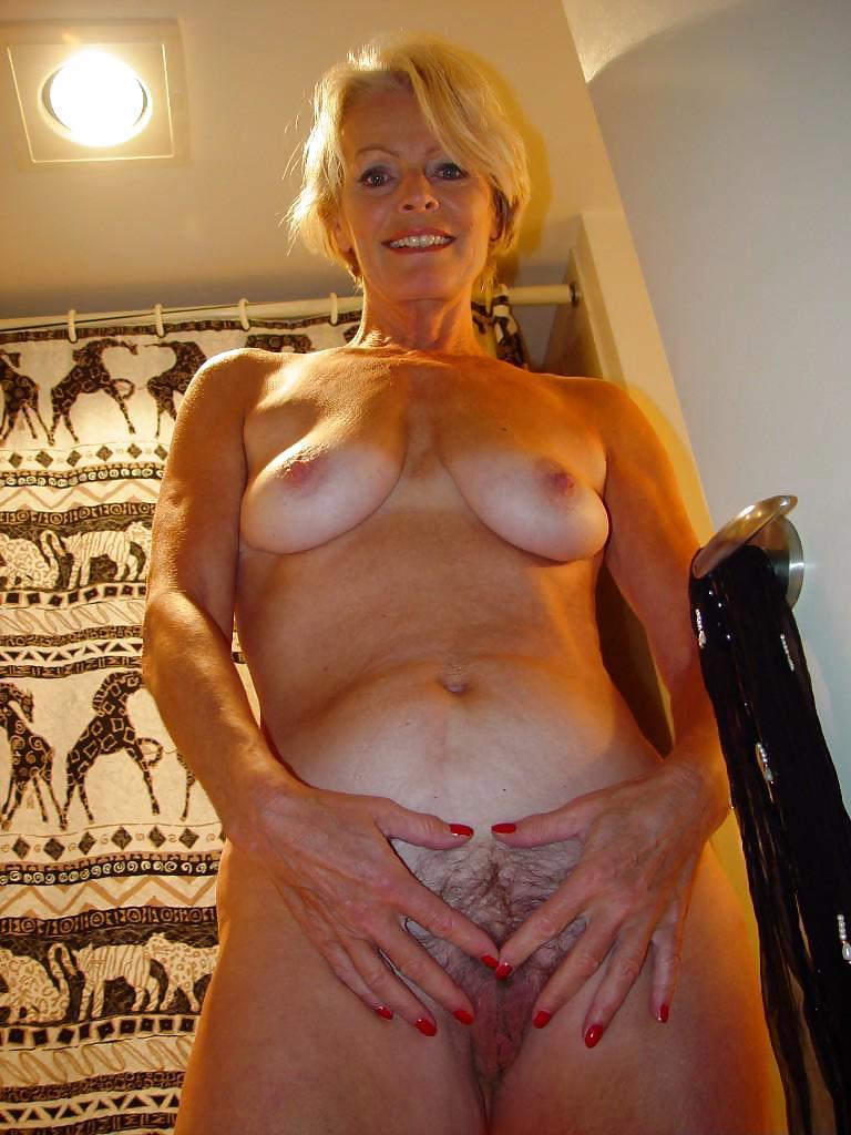 Justine mature galleries top having