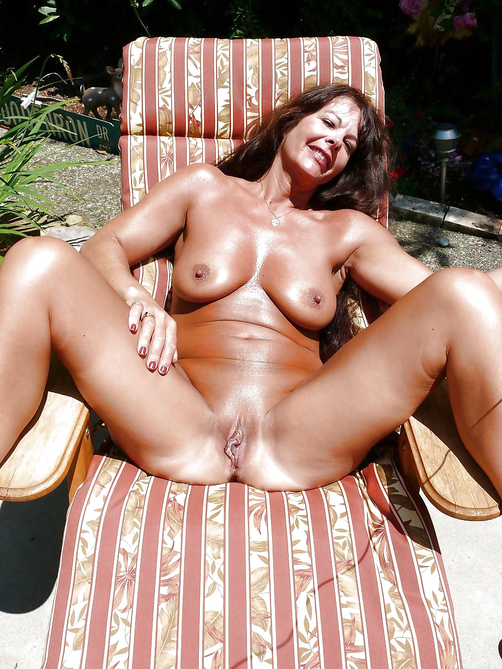 young naked spread