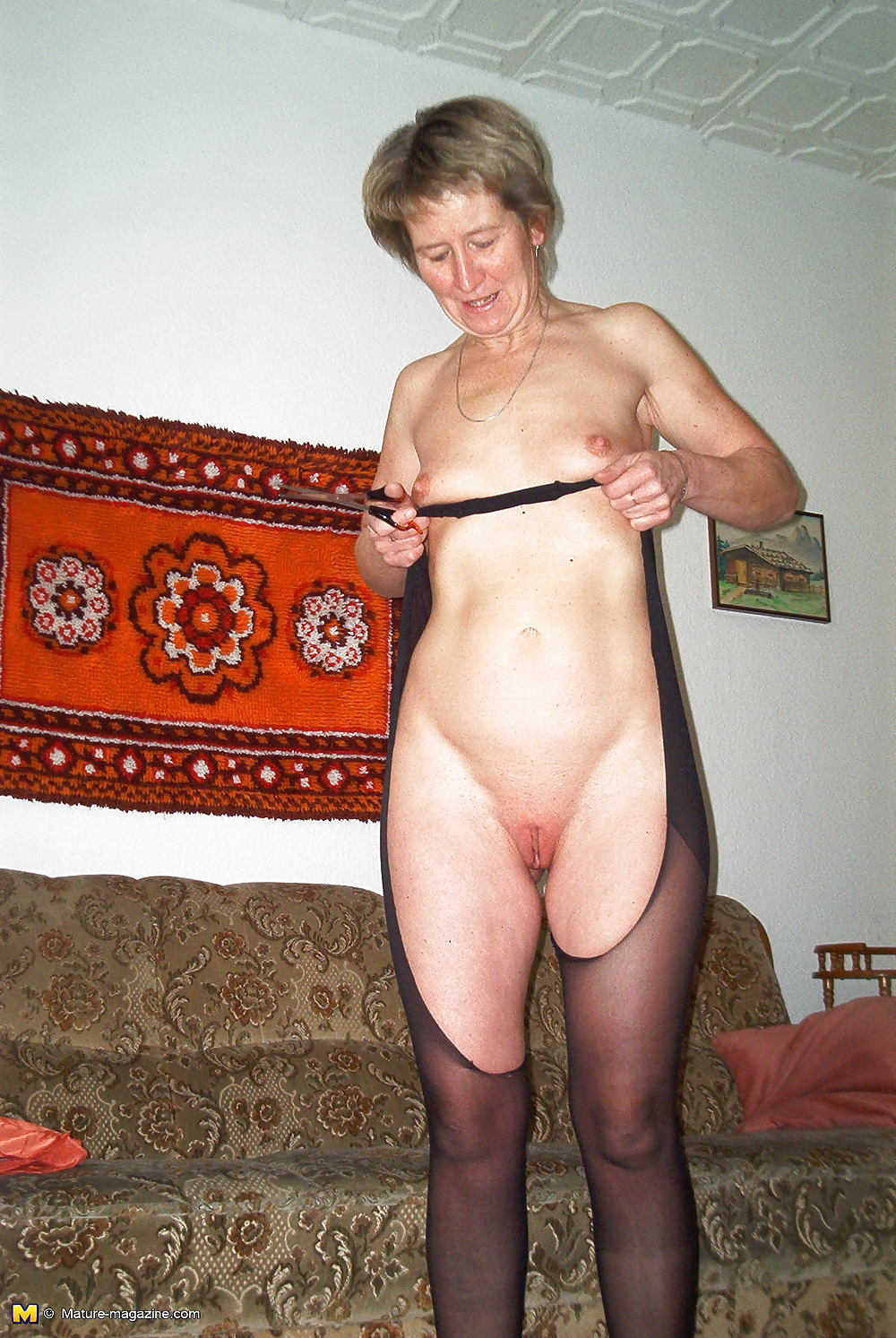 Grannies in tights