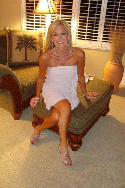 Hot mature blonde cougar banged on couch 10