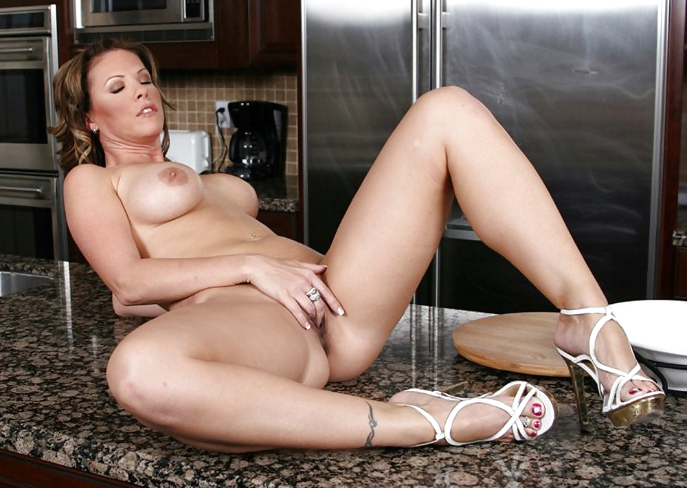 Way she Cinci hot milf need feel